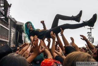 a girl at crowd surfing wacken 2018